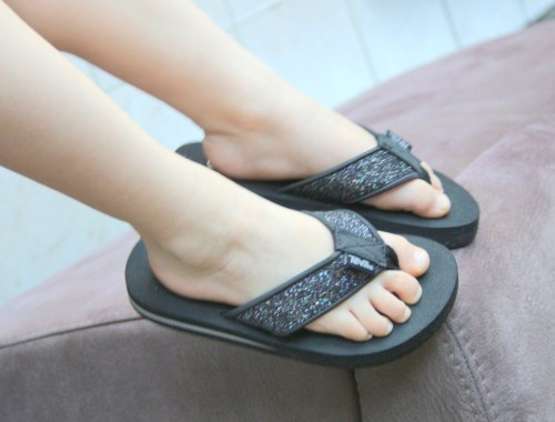 teva-kindersandalen-slippers-review