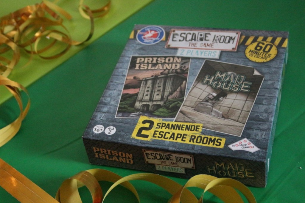 Review Escape Room The Game 2019 Identity Games 2 player