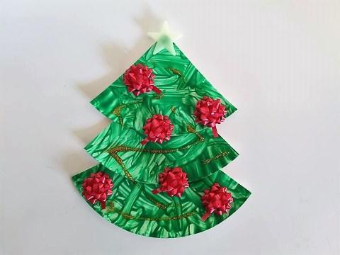 Kerstboom knutselen papieren bordje maken
