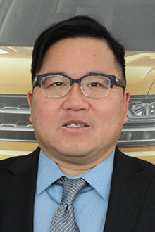 Vincent Lee - Sales & Leasing Consultant