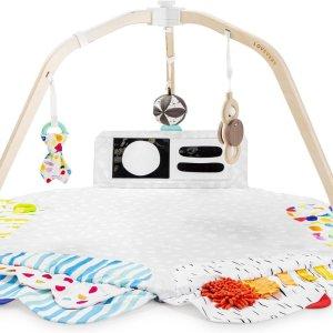 Lovevery Play Gym: een duurzaam speelkleed om het babybrein in elke ontwikkelingsfase uit te dagen