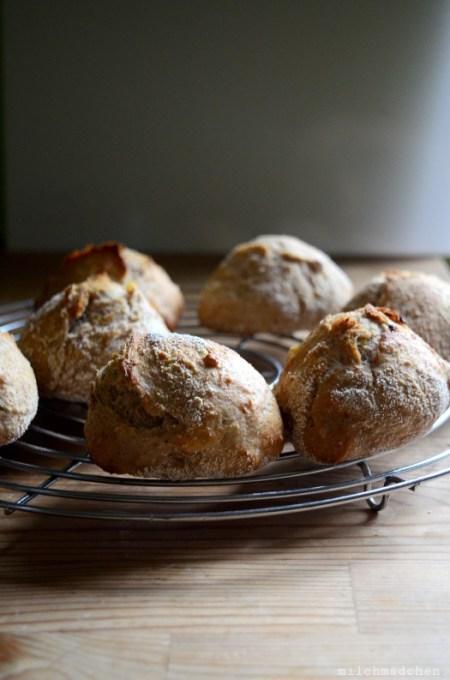Kartoffelbrötchen mit Lievito Madre | milchmädchen.