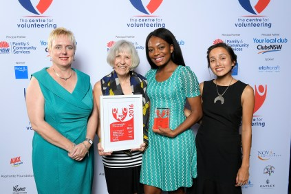 L-R Gemma Rygate, The Centre for Volunteering & NSW Volunteer Team of the Year - @WIPANOZ - Mary Boland,Jennifer Lonji & Grace Dawson