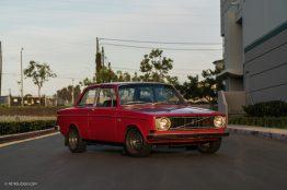 Jonathan-Harper-1968-Volvo-142S-19-2000x1334
