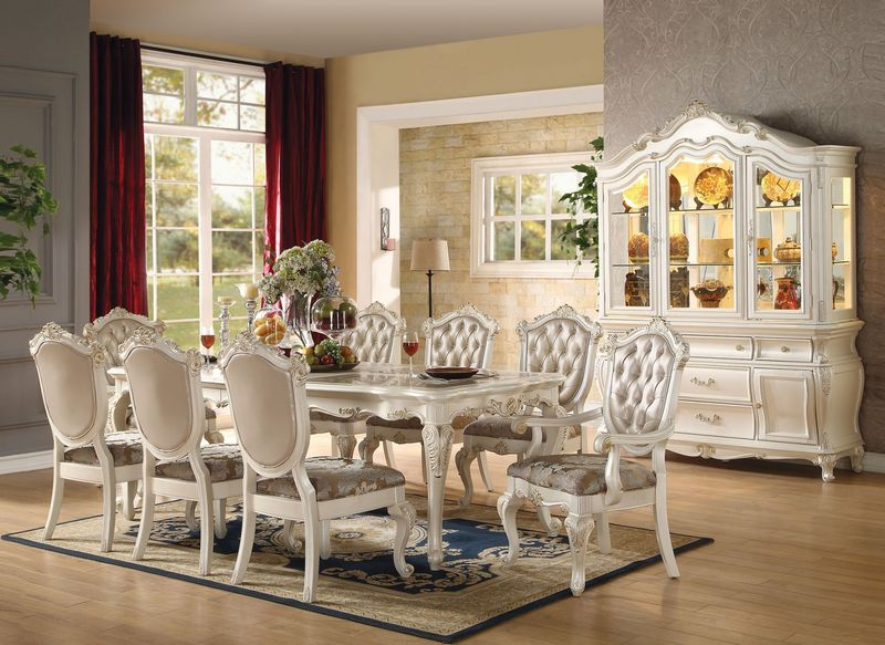 Chantelle Dining Room Set
