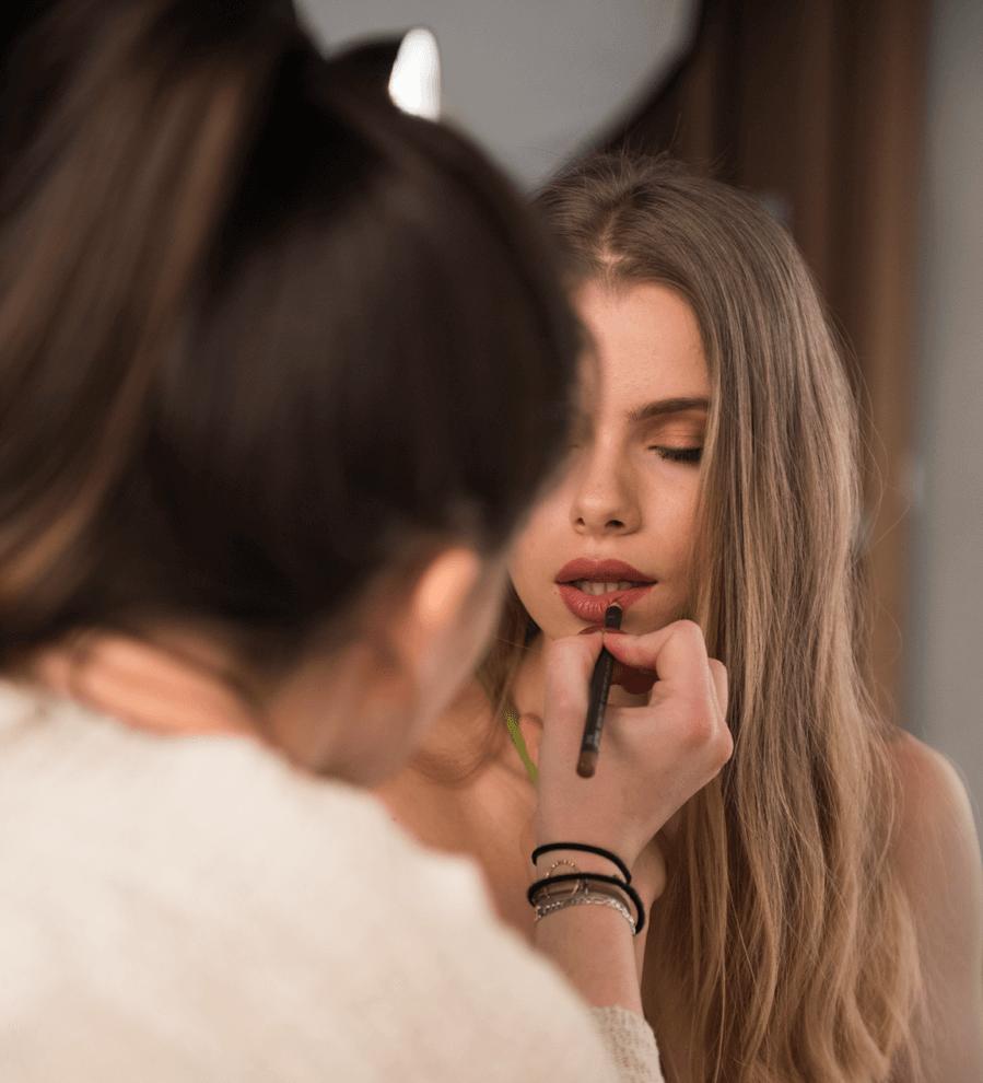 VONsociety: Making of Beauty Shooting Spring Look 2017, Makeup Sophia Jane, Model Laura Mayrhuber