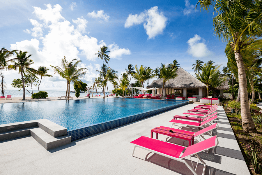 VONsociety: Kandima, längster Pool der Malediven