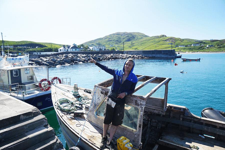 VONsociety: Verabredung mit Single Malt, Isle of Clare, Carl O'Grady auf seinem Whiskey-Schiff
