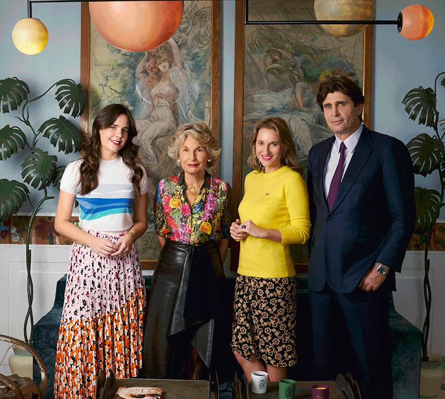 VONsociety: Sisley Familienfoto: Daria Botin, Isabelle, Christine und Philippe D'Ornano