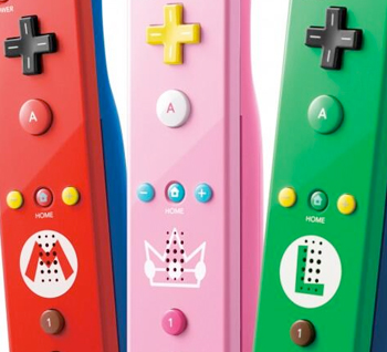 Pink Princess Peach Wii Remote coming to America this April