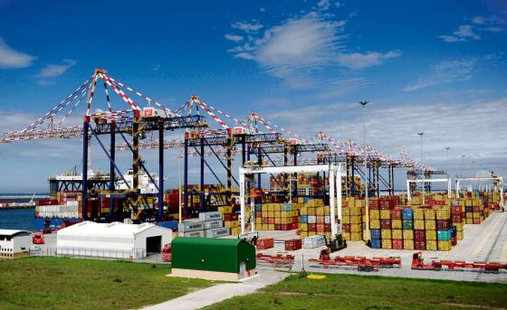 Ngqura Container Terminal © http://www.citypress.co.za