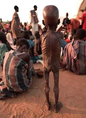 En el pais hay registros de problemas alimenticios desde 1684, alcanzando una tasa de desnutrición de un 48%.