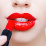 Cómo usar labial rojo en el día