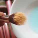 5 razones por las que debes lavar tus brochas