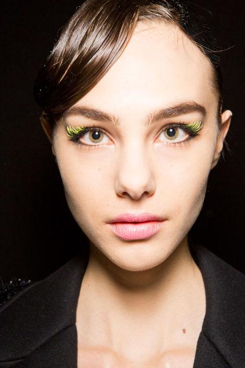 hbz-fw2016-makeup-trends-art-show-emporio-armani-bks-z-rf16-2387