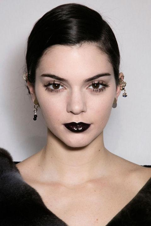 hbz-fw2016-makeup-trends-goth-lips-dior-bks-a-rf16-3284