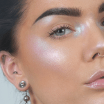 Trend Alert: Maquillaje holográfico