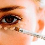 Cómo cubrir ojeras con maquillaje