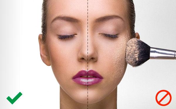 aplicar polvo para maquillaje de fotos