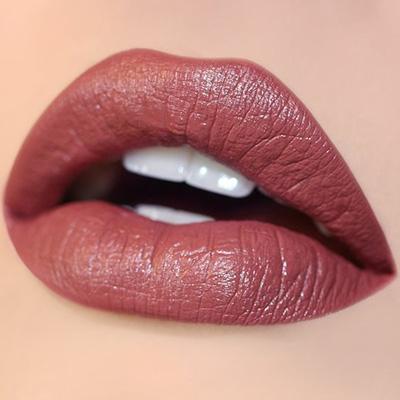 maquillaje de labios para look de noche