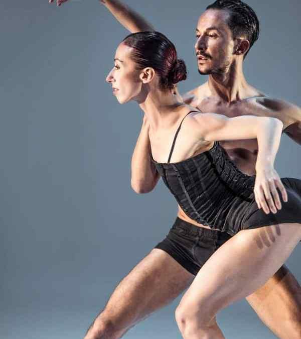 Måneskinsdans og bragende energi i forestilling fra Dansk Danseteater, Vordingborg Teater den 1. marts