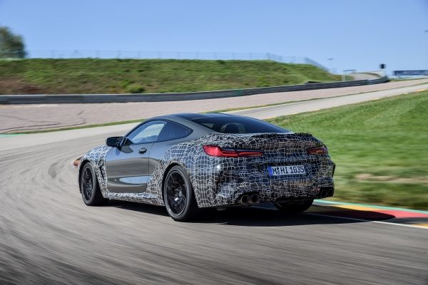 P90346912_lowRes_the-new-bmw-m8-compe