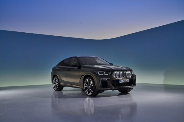 P90356700_lowRes_the-new-bmw-x6-still