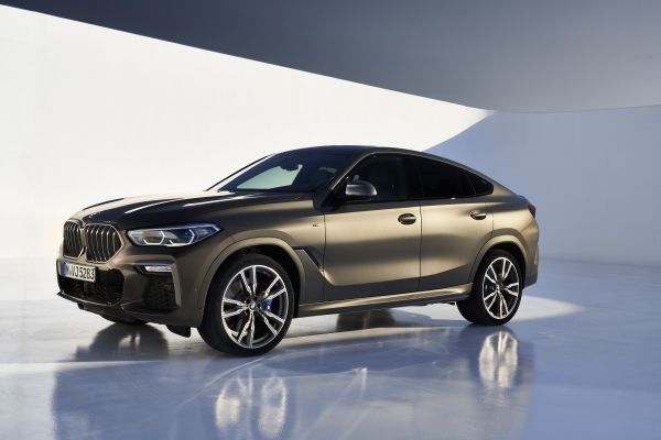 P90356712_lowRes_the-new-bmw-x6-still