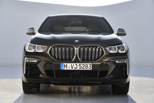 P90356713_lowRes_the-new-bmw-x6-still
