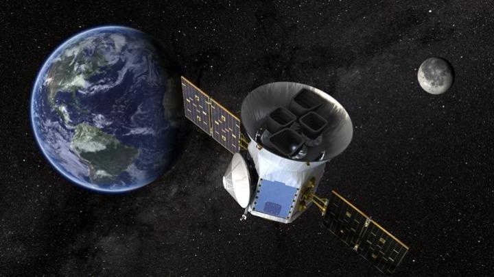 w27-160409satellite2