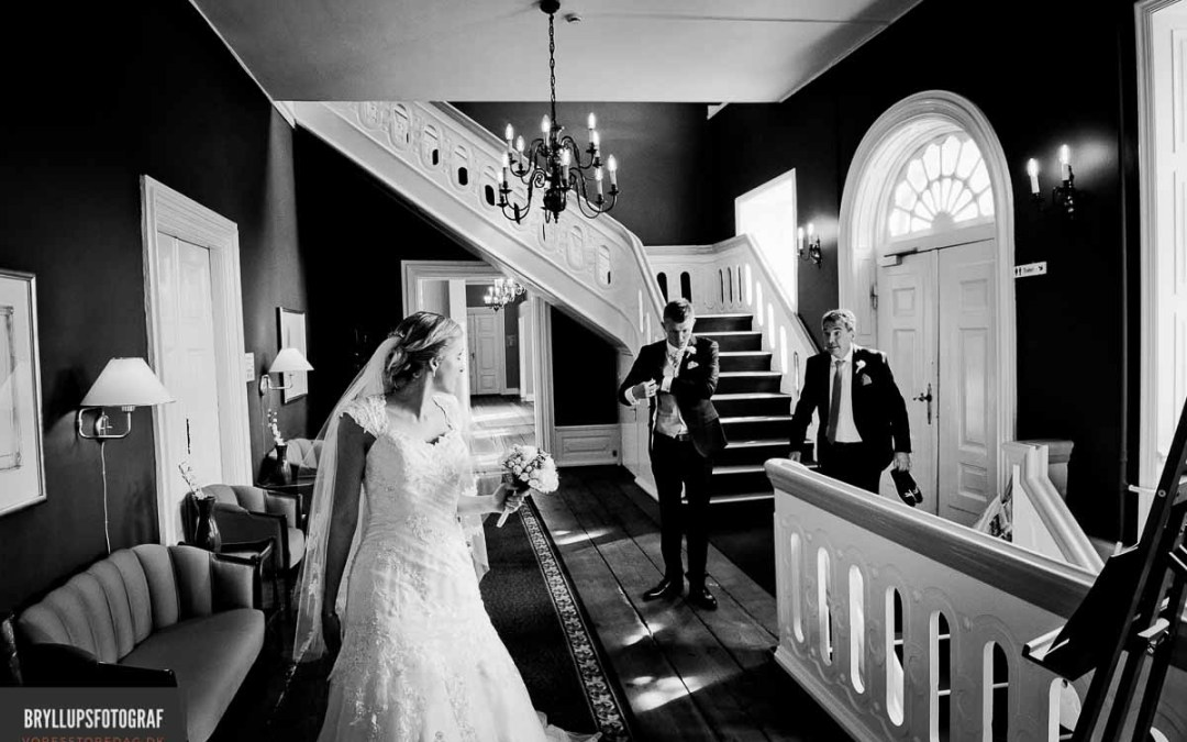 Reportage style wedding photography