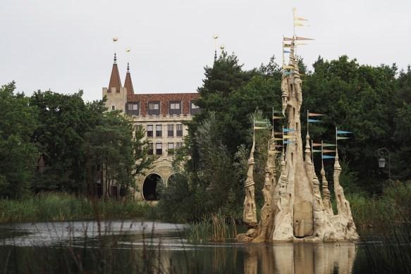 freizeitpark-efteling-feriendorf-bosrijk-see