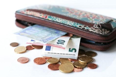 Geld ING-DiBa Portemonaie Steitthema Geld Liebe