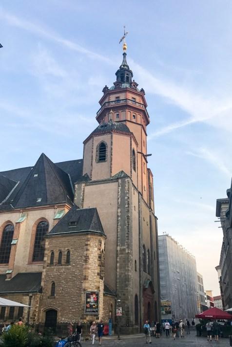 rotkaeppchen fruchtsecco deutschlandtour leipzig kirche fussgaen