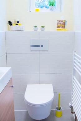 kleines Gaeste WC Toilette Calmwaters
