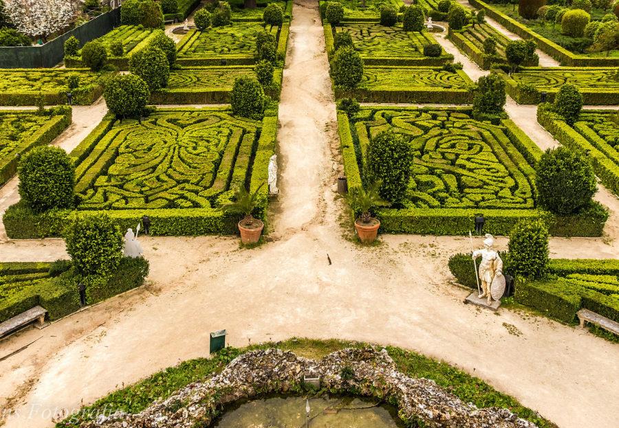 Jardim da Cascata da Quinta Real de Caxias
