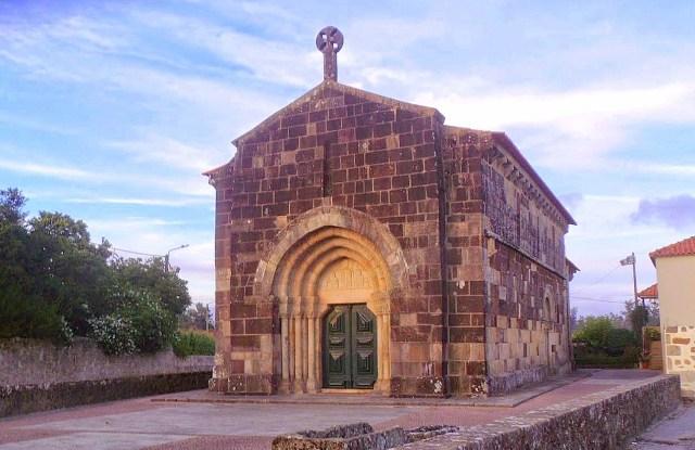 Igreja Românica de São Cristóvão de Rio Mau