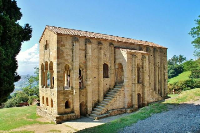 Igreja de Santa Maria del Naranco