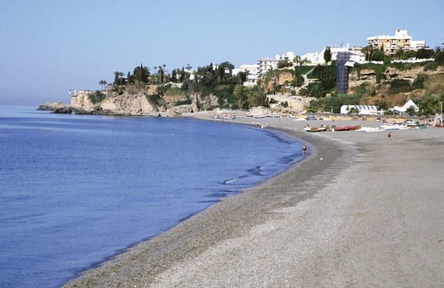 Praia de Burriana, Nerja (Málaga)