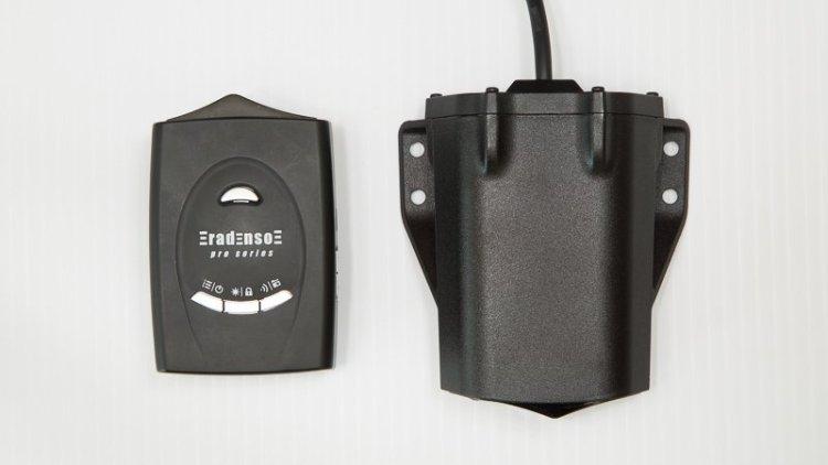 Radenso HD+ antenna closeup with RPSE