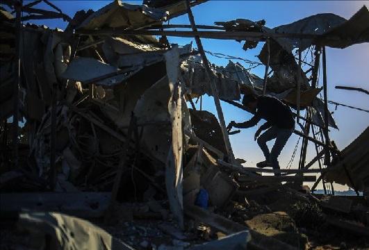 Israel targets Hamas position in Gaza