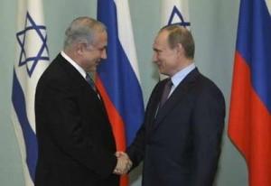 Russian Prime Minister Vladimir Putin (R) and Israeli Prime Minister Benjamin Netanyahu meet in Moscow, February 16, 2010. REUTERS
