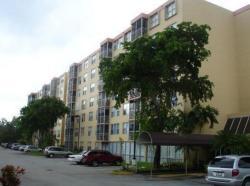 Greynolds Park Club Condominium