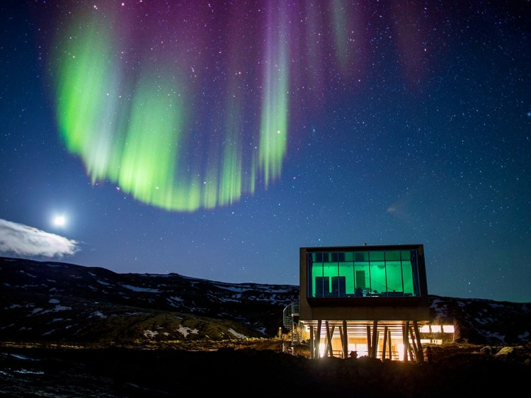 http://travel.nationalgeographic.com/travel/365-photos/northern-lights-hotel-ion-iceland/