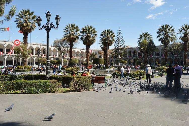 plaza-de-armas-arequipa-3