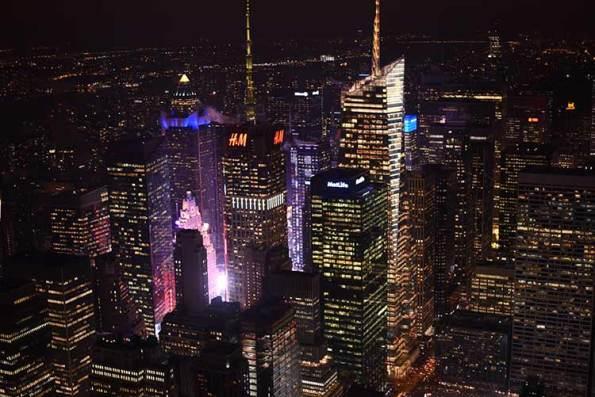 La vue de l'Empire State Building sur Times Square