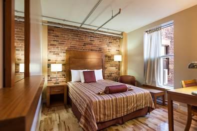 Montreal-hotel-quartier-des-spectacles-chambre-2