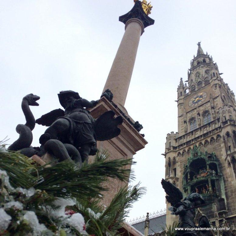 A Marienplatz de Munique no inverno