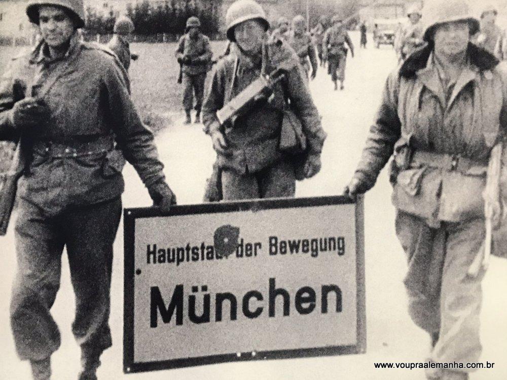Tour Munique no 3º Reich/ Munique Nazista - Guia Brasileira em Munique