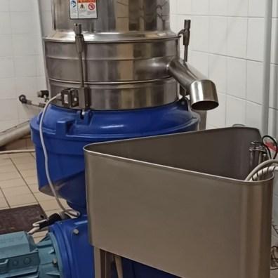 Machine-Huile-Olive-Karine-Lorenzi-LesTalentsDici.com